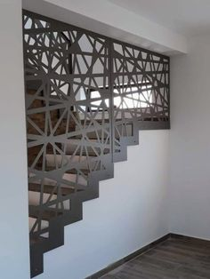 Scari interioare moderne - Traforate.ro Home Stairs Design, Stair Railing Design, Fence Design, Glass Partition Designs, Stair Walls, Metal Railings, House Stairs, Beach House Decor, Modernism