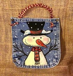 Jean pockets painted snowman on it for Christmas Christmas Crafts To Make, Christmas Sewing, Primitive Christmas, Christmas Snowman, Christmas Projects, Handmade Christmas, Holiday Crafts, Christmas Items, Advent