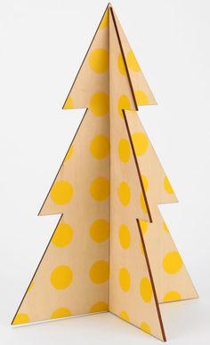 Modern Christmas Decor: Tree