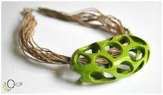 Gros Trou-trous -   Collier fil de lin et argile polymère.  Linen and polymer clay necklace