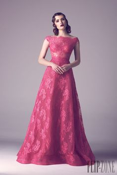 Fadwa Baalbaki Printemps-été 2015 - Haute couture - http://fr.flip-zone.com/fashion/couture-1/independant-designers/fadwa-baalbaki-5597