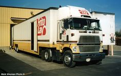 How cool is this, ol' Ford COE w/ vintage Frito-Lays logo/colors