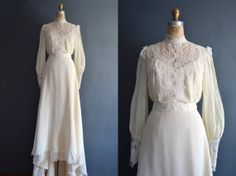 70s wedding dress / 1970s wedding dress / Carmen by BreanneFaouzi, $178.00