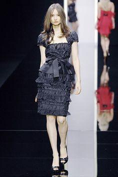 Elie Saab Spring 2008 Ready-to-Wear Fashion Show - Mackenzie Hamilton