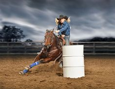Are they all still standing Woman Riding Horse, Bull Riding, Cowboy Girl, Cowgirl And Horse, Barrel Racing Horses, Barrel Horse, Western Photography, Horse Photography, Western Style