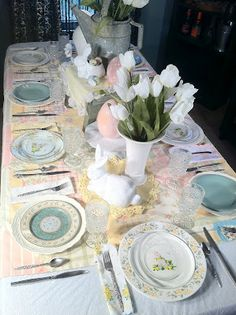 #Easter #Table #Setting - On a Budget