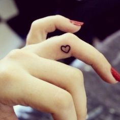 #fingertattoo #fingertattoos #hearttattoo #hearttattoos #heart #hearts #pretty #prettytattoo #prettytattoos #cute #cutetattoo #cutetattoos #cutegirlytattoos #girly #girlytattoo #girlytattoos #tattoo #tattoos #tatted #tattooed #ink #inked
