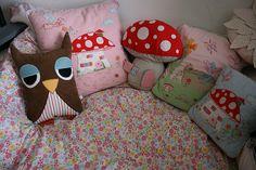 owl pillow by parrishplatz, via Flickr