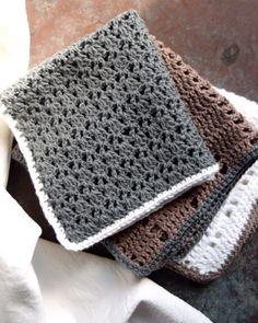 Hæklet karklud, opskrifter på hulmønstrede karklude Crochet Baby, Knit Crochet, Crochet Kitchen, Drops Design, Chrochet, Yarn Crafts, Homemade, Make It Yourself, Blanket