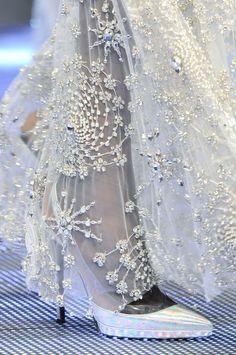 Philipp Plein Spring 2014 Milan Fashion Week just beautiful Couture Details, Fashion Details, Fashion Photo, Women's Fashion, Design Creation, Bridal Gowns, Wedding Dresses, Lesage, Glamour
