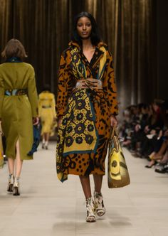 Thistle blanket trench coat, floral silk scarf and The Bloomsbury bag in hand-painted leather