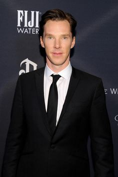 ~~Benedict Cumberbatch Photos - FIJI Water At The Weinstein Company's Academy Awards Nominees Dinner In Partnership With Chopard, DeLeon Tequila, FIJI Water And MAC Cosmetics - Zimbio~~