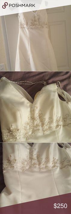 Wedding dress ivory with beading Ivory with beading Dresses Wedding