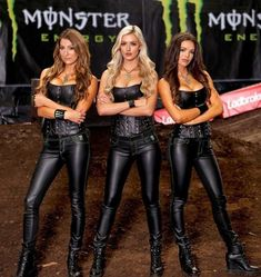 Monster Energy Girls, Monster Girl, Mode Latex, Pit Girls, Promo Girls, Looks Pinterest, Pinup Girl Clothing, Leather Dresses, Leather Pants