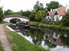 Grand Union Canal at Harefield Canal Boat, Floating House, Narrowboat, Cycle Route, Bike Rides, Profile Pics, Boating, Houseboats, Homeland