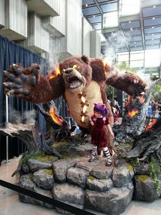 Epic statue of Annie & Tibbers :D Best Cosplay, Awesome Cosplay, Imagine Dragons, Cosplay Costumes, Cosplay Ideas, Costume Ideas, Stop Motion, League Of Legends, Fantasy Art