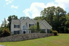 If you are actively looking for a Hopkinton MA luxury residence, this home at 31 Overlook Road in The Estates at Highland Ridge is surely one you will want to come and take a peak at. The Estates at Highland Ridge is a popular Toll Brothers community that is right near the Soutboro line off Cedar Street Extension. It is listed at $875,000. http://www.maxrealestateexposure.com/31-overlook-road-hopkinton-ma-01748/