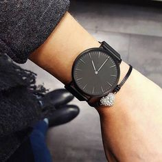 Black minimalist watch and bracelet combination. Gold Watches Women, Rose Gold Watches, Wrist Watches, Black Watches, Ladies Watches, Seiko Watches, Women Accessories, Jewelry Accessories, Fashion Accessories