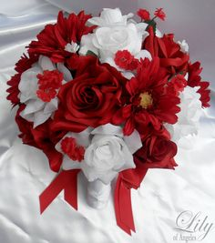 Hey, I found this really awesome Etsy listing at https://www.etsy.com/listing/93685426/silk-flowers-wedding-bridal-bouquets-17