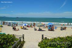 Praia de Jurerê, em Florianópolis, estado de Santa Catarina, Brasil.  Fotografia: Mario Costa Junior.