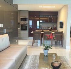 Cozinha copa e área social integradas. Amei Projeto Arq Multi Me encontre também no @pontodecor {HI} Snap:  hi.homeidea  http://ift.tt/23aANCi #bloghomeidea #olioliteam #arquitetura #ambiente #archdecor #archdesign #hi #cozinha #homestyle #home #homedecor #pontodecor #homedesign #photooftheday #love #interiordesign #interiores  #picoftheday #decoration #world  #lovedecor #architecture #archlovers #inspiration #project #regram #canalolioli #ambientesintegrados