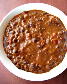 Chorizo and Black Bean Chili- Flavorful Mexican beef chorizo and black bean chili, spicy, beefy, filling, chili with a not-so-secret ingredient. It can be made on the stove or in the slow cooker!