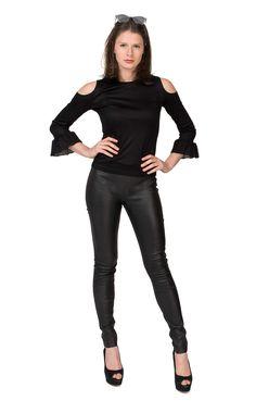 Tight Leather Pants, Tights, Womens Fashion, Stuff Stuff, Fashion Styles, Sexy Dresses, Boots, Kleding, Black