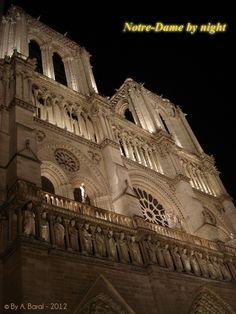 Notre-Dame de #Paris cathedral by night.