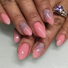 Pretty pink & holographic silver for Erika  Color is Mordente by Presto gel  #nails #nailart #glitter #sparklesf #ombre