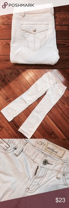 """LOFT Slim Boot Cut Corduroy Pants Gorgeous like new pair of Ann Taylor LOFT corduroy slim boot cut pants. Worn only twice these are in excellent condition. Inseam 28"""" size 2p  Don't like the price, Make me an offer 💸 you don't know if you don't ask... I do bundle offers 🎉 Fast same or next day shipping 📦💨 LOFT Pants Boot Cut & Flare"""