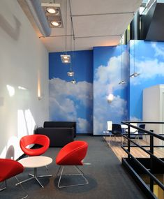 Meetings Rooms >> Photographic wall art >> Want to encourage #blueskythinking in your meetings? This collaboration area has various #officeseating available for colleagues to have informal meetings. Having a photo of the bright blue skies helps people feel relaxed and gives a sense of the great outdoors. See more great #officedesign ideas and #meetingrooms on our website gallery: