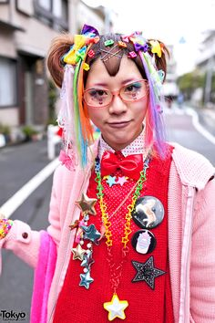 Harajuku Fashion Walk #8  http://tokyofashion.com/harajuku-fashion-walk-8-pictures-video-street-snaps/