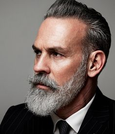 Stop Grey Hair, Men With Grey Hair, Grey Hair Beard, Fashion For Men Over 50, Types Of Beards, Beard Designs, Epic Beard, Men Beard, Grey Beards
