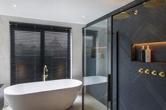 Bathroom Design Luxury, Bathroom Design Small, Modern Bathroom, Small Bathroom Inspiration, Wc Design, Bathroom Color Schemes, Bathroom Renos, Bathroom Styling, Decoration