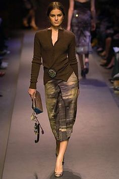 Prada Fall 2004 Ready-to-Wear Fashion Show - Liliane Ferrarezi
