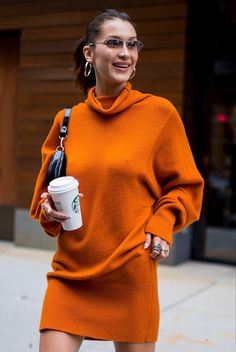 Bella Hadid Outfits, Bella Hadid Style, Bela Hadid, Cool Outfits, Fashion Outfits, Dark Fashion, High Fashion, Outfit Goals, Comfortable Outfits
