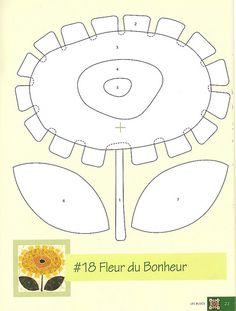 Molde 18 | Risco retirados da revista francesa Magicpatch. | Valéria G | Flickr