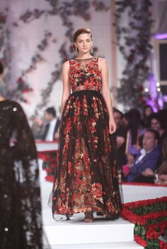 Varun Bahl. AICW 15 . Indian Couture. a82fc4d3e
