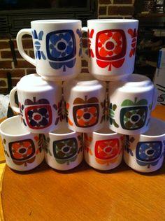 Ces 9 mugs Mobil m attendaient
