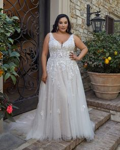 Style 2445 Lucy | Lace A-Line Wedding Dress by Casablanca Bridal Wedding Dresses Plus Size, Plus Size Wedding, Wedding Dress Styles, Bridal Dresses, Wedding Gowns, Casablanca Bridal Gowns, Curvy Bride, Curvy Dress, Gorgeous Wedding Dress
