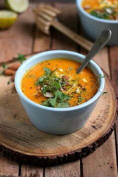 Carrot soup with ginger. In Dutch, and so beautiful! | Yellow Lemon Tree Blog #soup #carrot #ginger