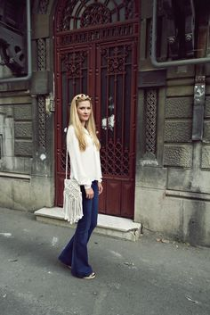 Wide Leg Jeans, Flare Jeans, Bell Bottoms, Style Ideas, Women Wear, Street Style, Legs, How To Wear, Fashion