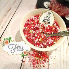 Flirt sprinkles Oh you're so fancy Fancy Sprinkles, Flirting, Confetti, Acai Bowl, Sweets, Baking, Breakfast, Glitter, Sugar