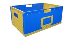 Blue and yellow transit case