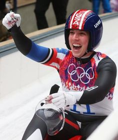 Erin Hamlin becomes first American to win medal in Olympic singles luge after claiming bronze 2/11/14.