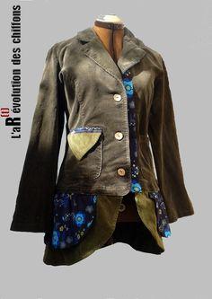 """Veste """"Rétro"""" en velours milleraies kaki : Manteau, Blouson, veste par la-revolution-des-chiffons"""