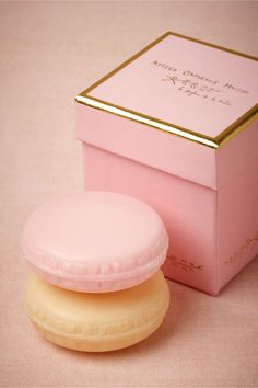 Macaron Soap Set: An exquisite handmade box, the signature touch of Atelier Catherine Masson, opens to reveal a duo of delectable soaps. Each soap's distinct fragrance of roses and ripe fruits was developed by Provence's top perfumers.