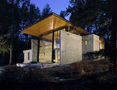 A look at Olson Kundig Architects amazingly cool The Chicken Point Cabin, a modern loft-like mountain dwelling located on Lake Hayden in Idaho. Residential Architecture, Modern Architecture, Museum Architecture, Minimalist Architecture, Architecture Details, Cabin Design, House Design, Roof Design, Villa Design