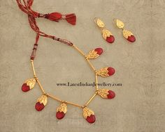 Simple designer light weight gold necklace from Kalyan jewellers with gold pipes and ruby drops with gold caps. This simple and stylish necklace with light weight earrings Gold Earrings Designs, Gold Jewellery Design, Bead Jewellery, Beaded Jewelry, Jewelery, Gold Designs, Jewelry Necklaces, Light Weight Gold Jewellery, Gold Jewelry Simple