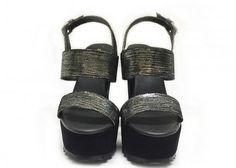 JENNIFER CAMPOS shoe designer: ASPID Plata - ¡Disponible en Kichink!